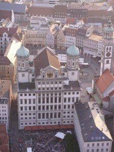 Augsburger Rathaus von hinten