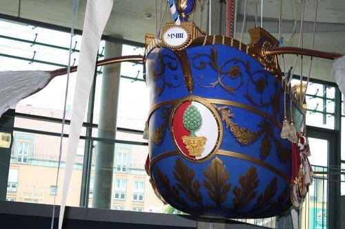 Baron von Lütgendorf's Ballon mit Augsburgs Wappen
