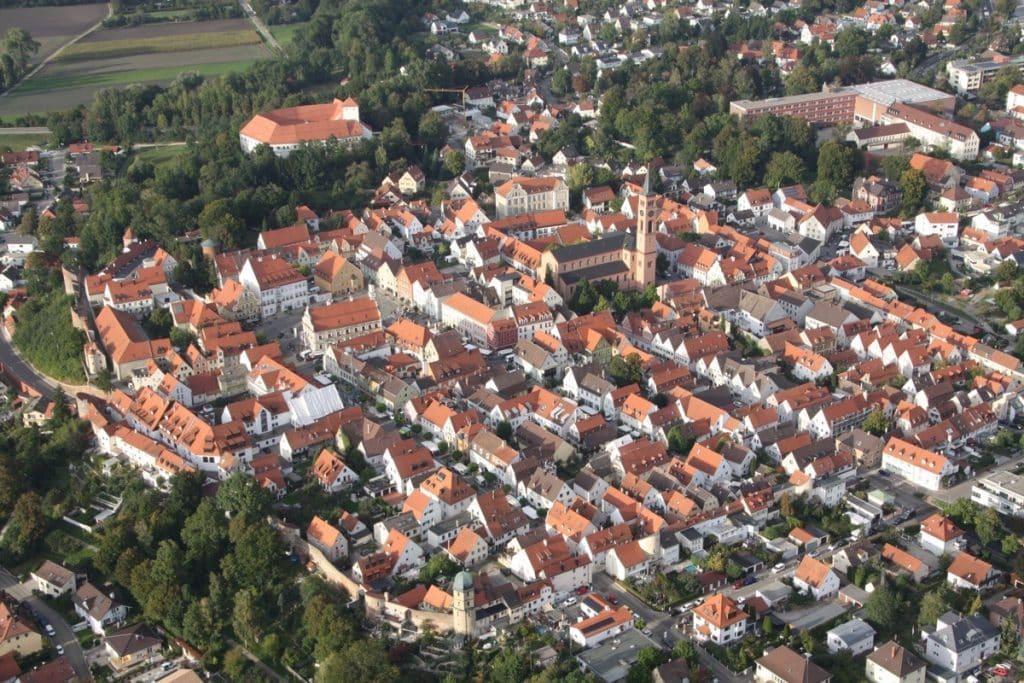 Friedberg in Bayern aus dem Ballonkorb (Landkreis Aichach-Friedberg)