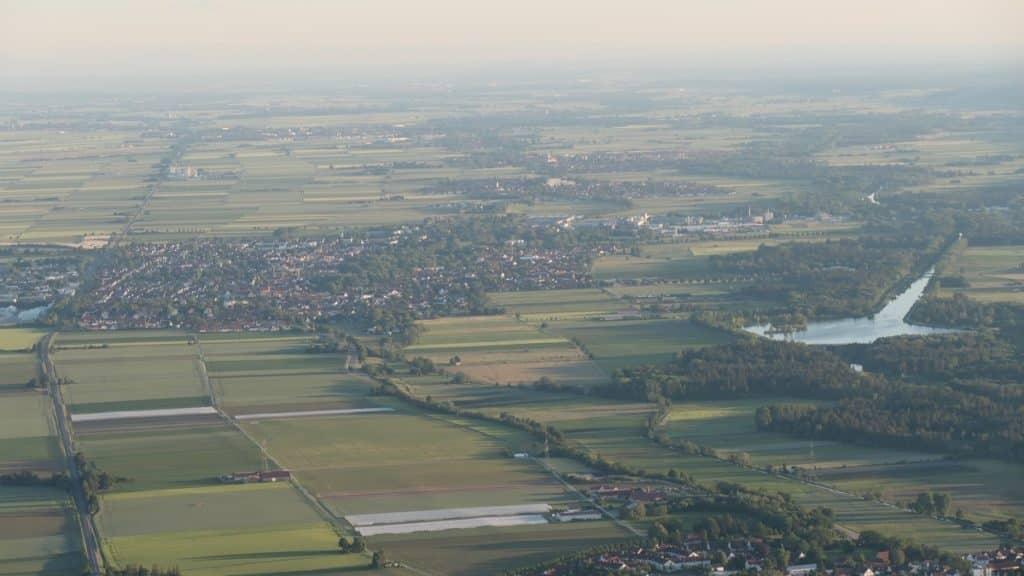 Ballonfahrt an der Wertach bei Bobingen